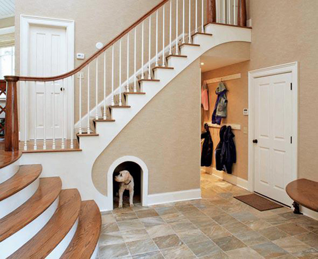 DOG-BED-UNDER-STAIRCASE