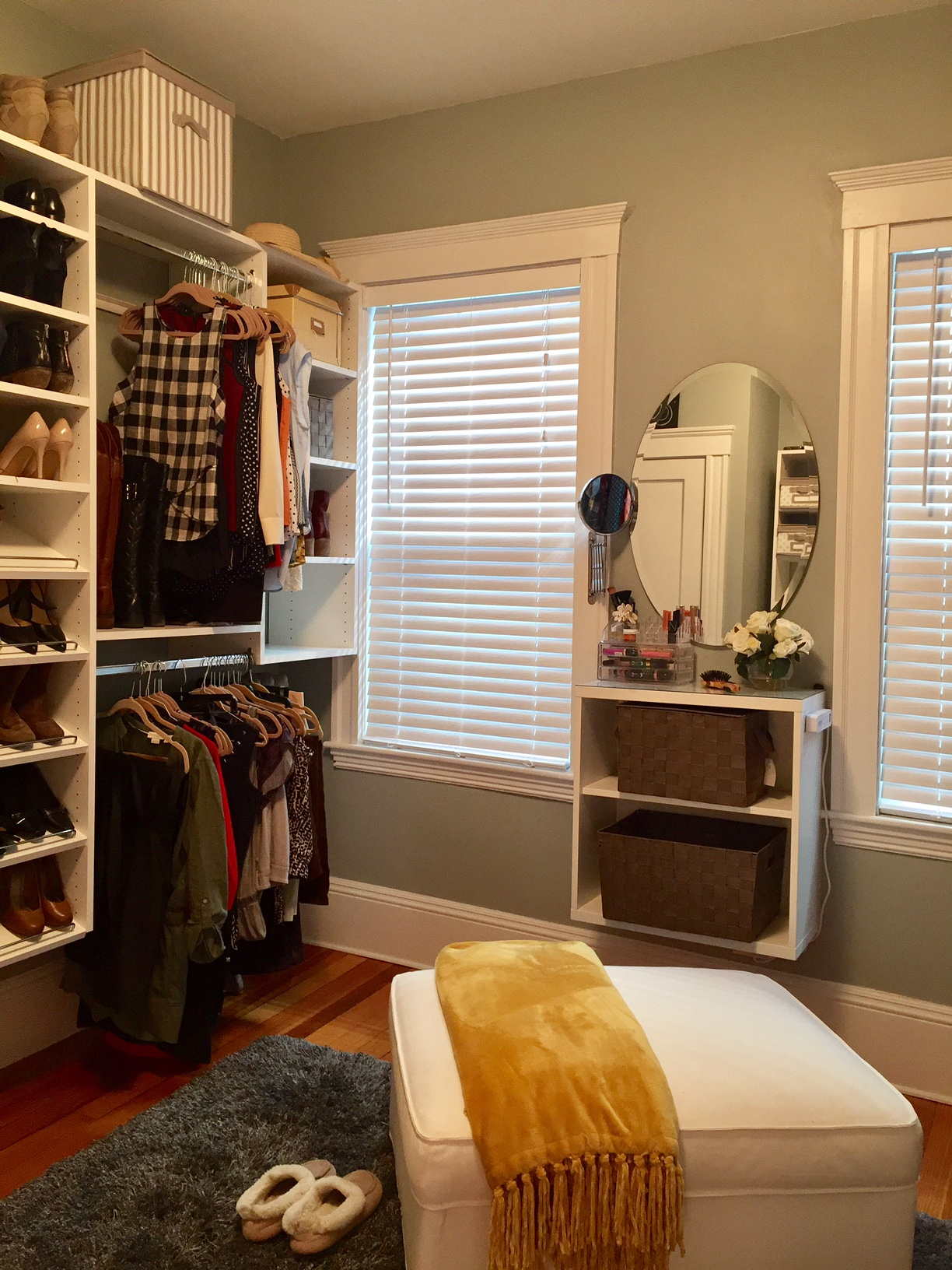 Turn A Spare Bedroom Into A Walk In Closet You Bet Your